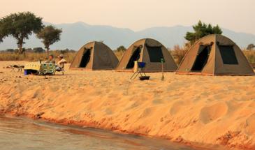 Canoe Safari on the Zambezi River